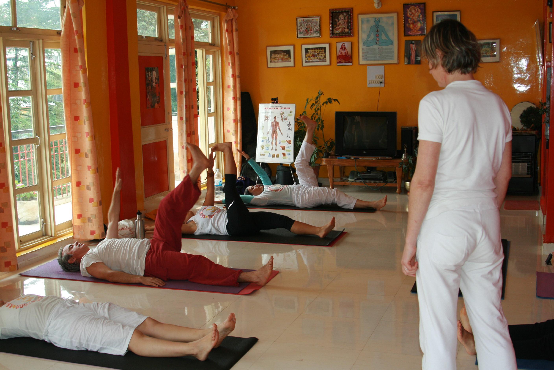 cours de yoga postures inversées 1er fév 2020