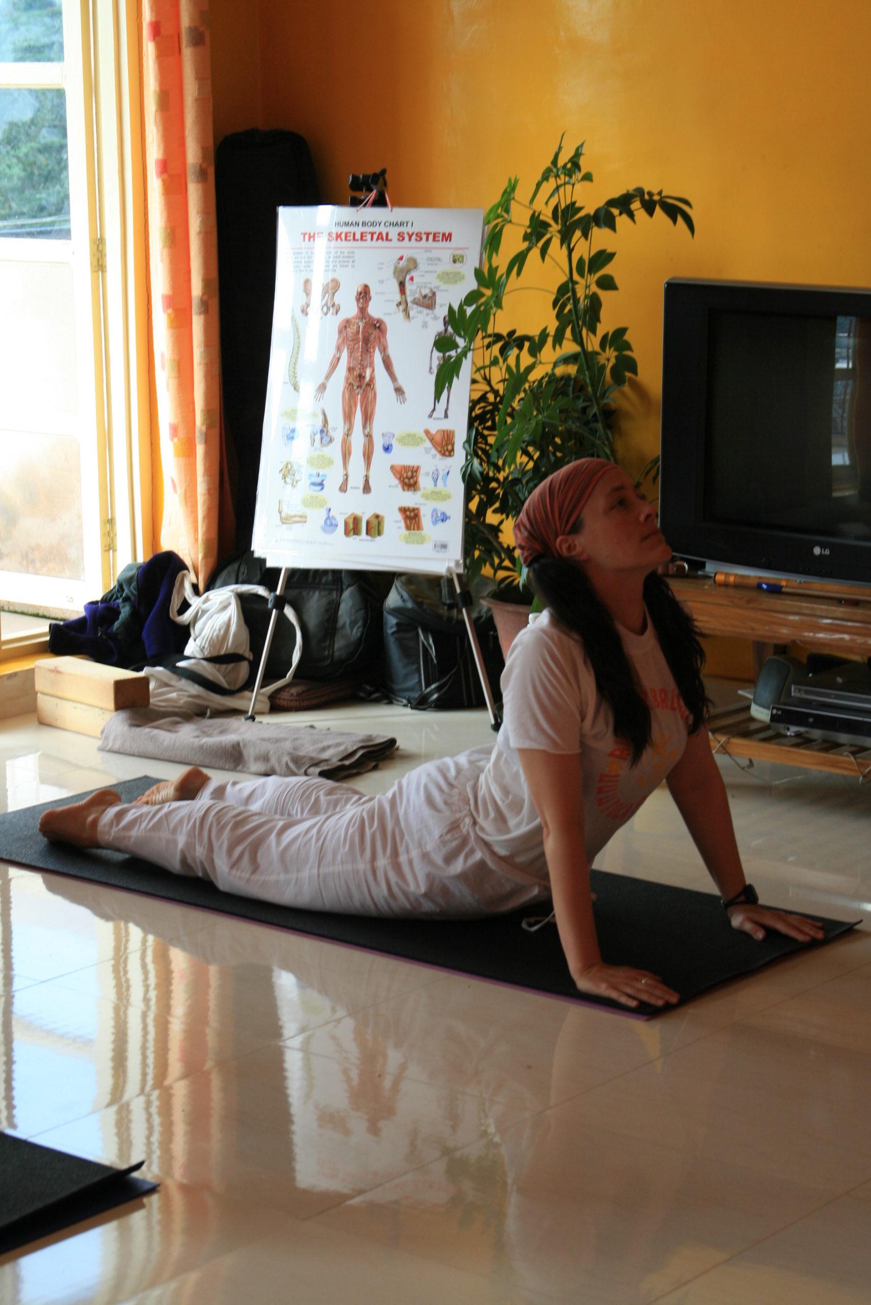 cours de yoga particulier: besoin de se faire regarder?